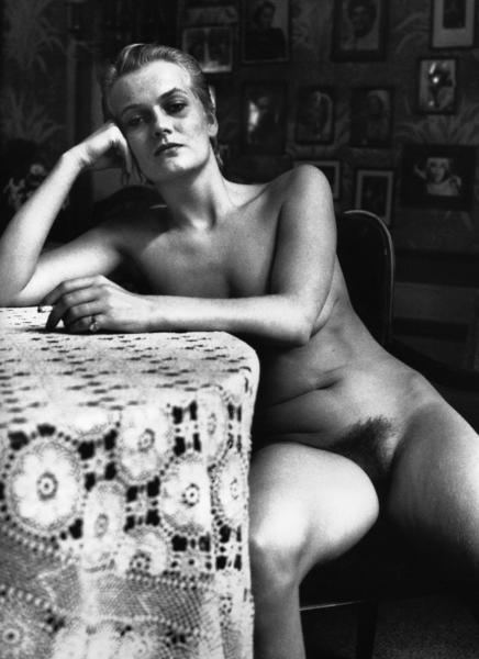 taylor hansen naked