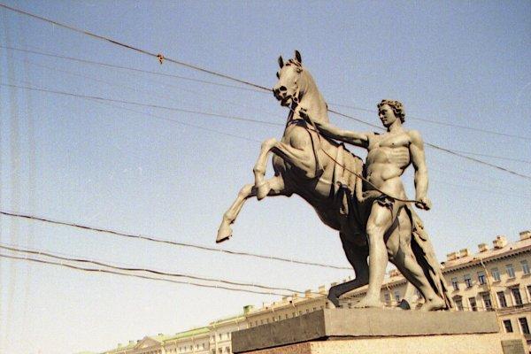 http://club.foto.ru/gallery/images/photo/2003/05/30/83966.jpg