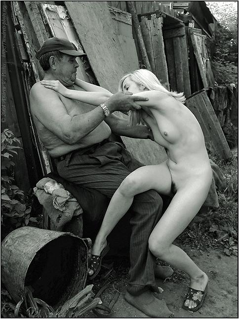 hudozhestvennoe-foto-erotika-v-derevne