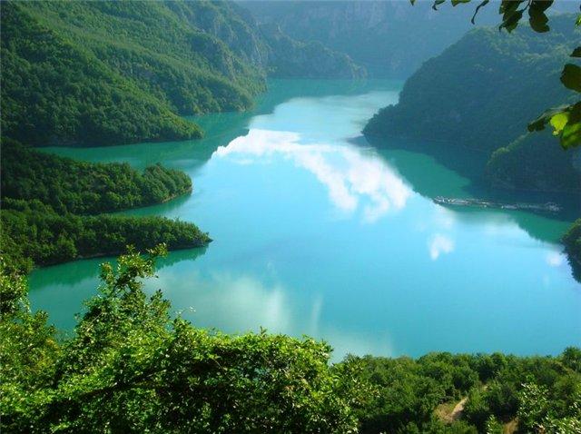Горное озеро. 624050