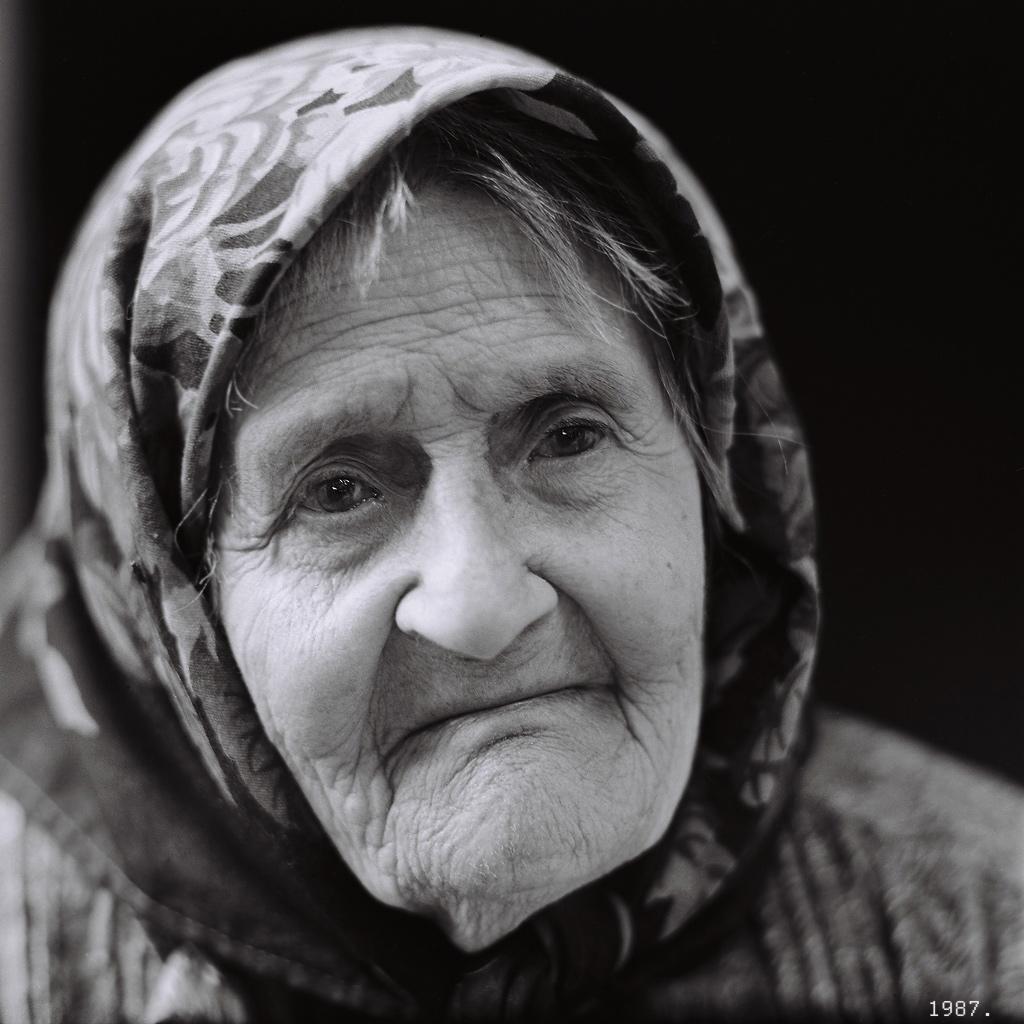 Старики ебут девочку 1 фотография