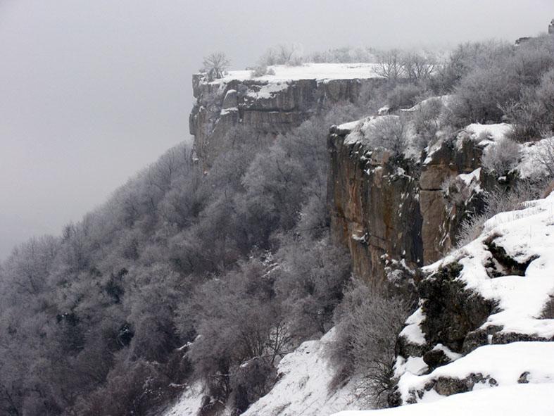 Крымские горы, зима, снег
