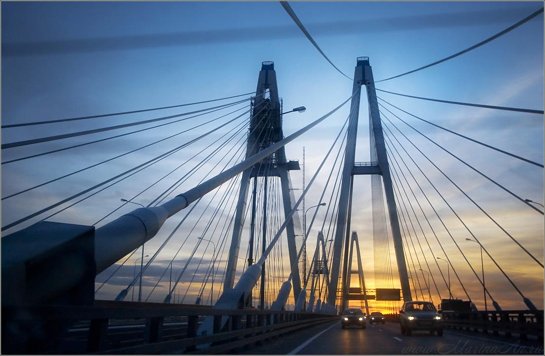 Современный символ Невского района - вантовый мост - Система образования Невского района.