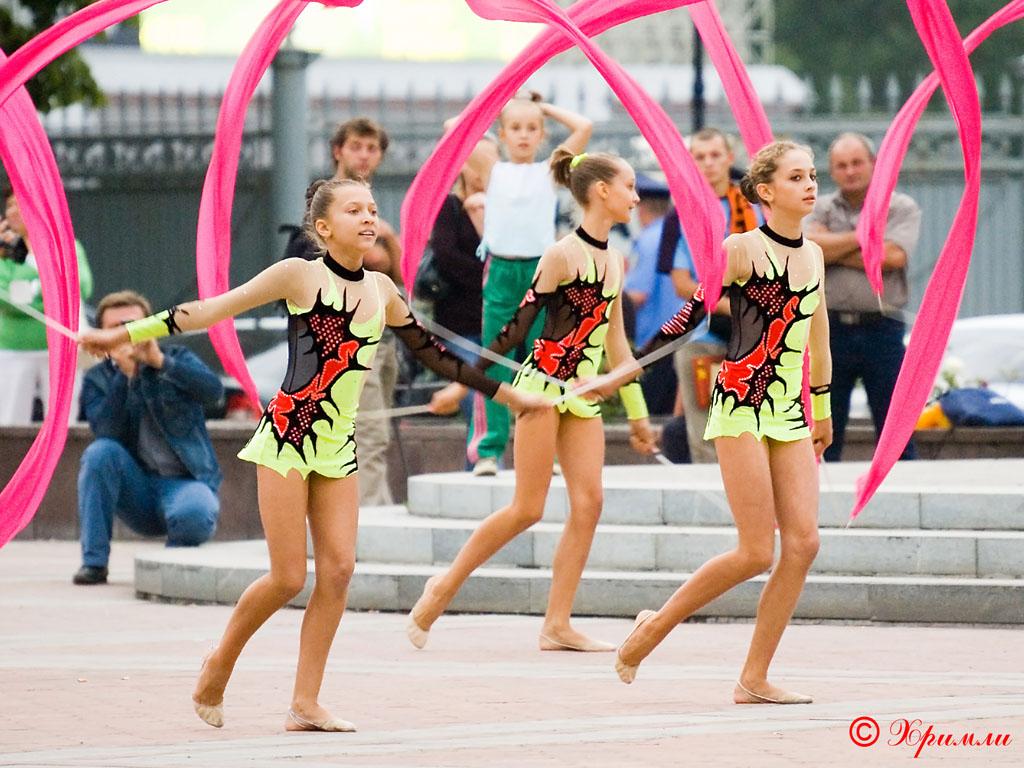 Юные гимнастки из разных городов Украины приняли участие в чемпионате