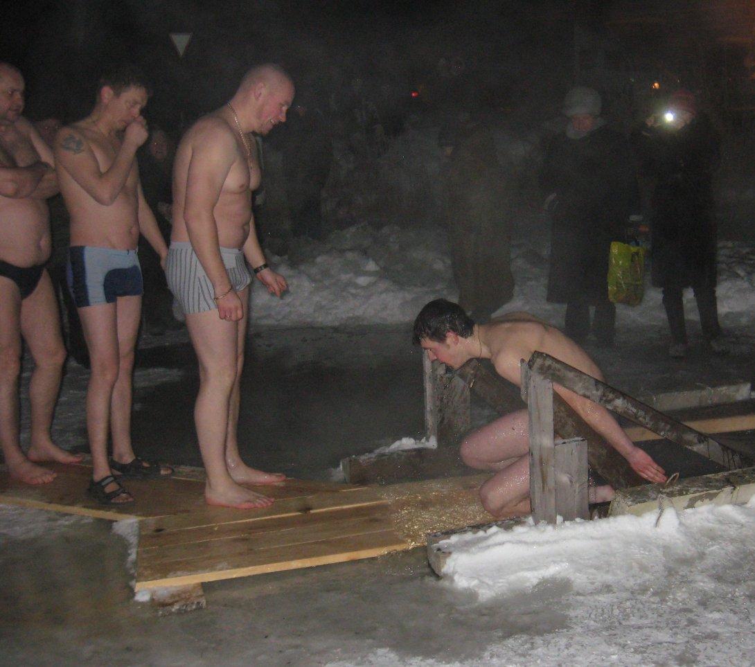 Фото крещения 2012 в купелях 4
