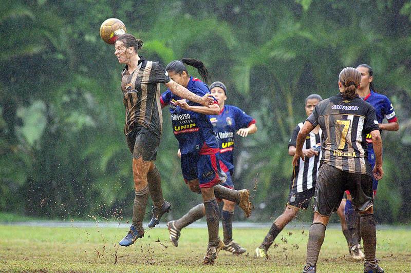 игры на 2 футбол