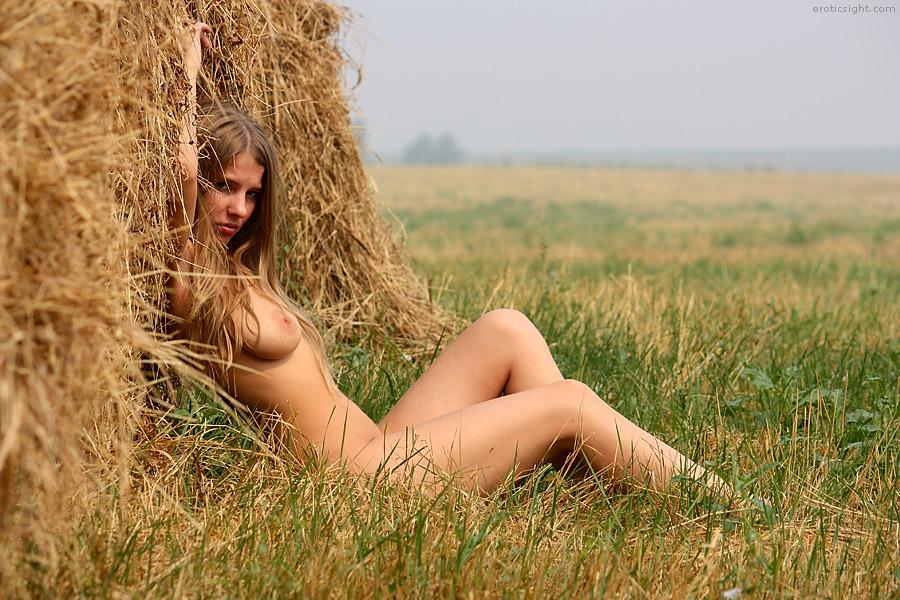 Фото деревенских девушек ню 6503 фотография