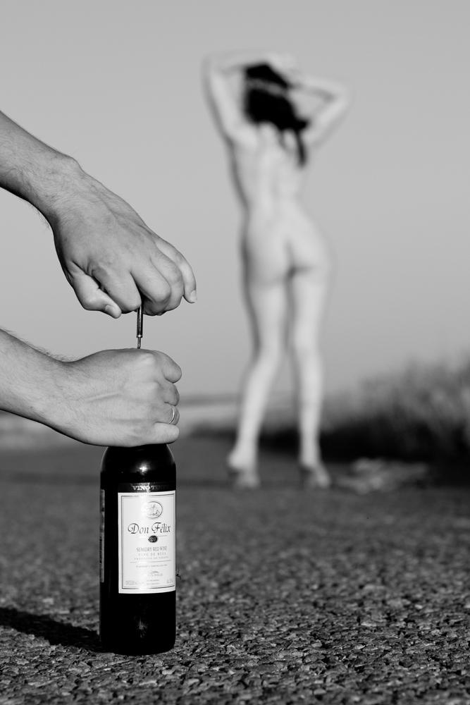 Вино и эротика фото 693-600