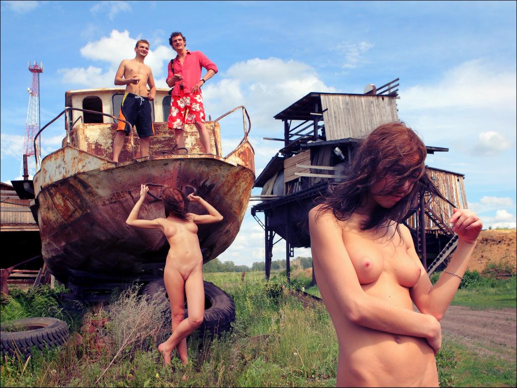 Эротика на море 1 фотография