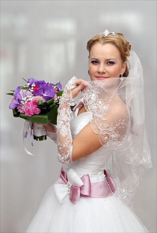 Фото. невеста. портрет. праздник. Теги. букет. Свадебное фото