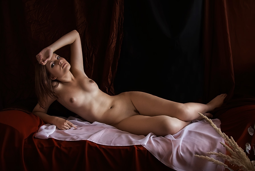 lind-milf-pictures-from-erotic-innocence