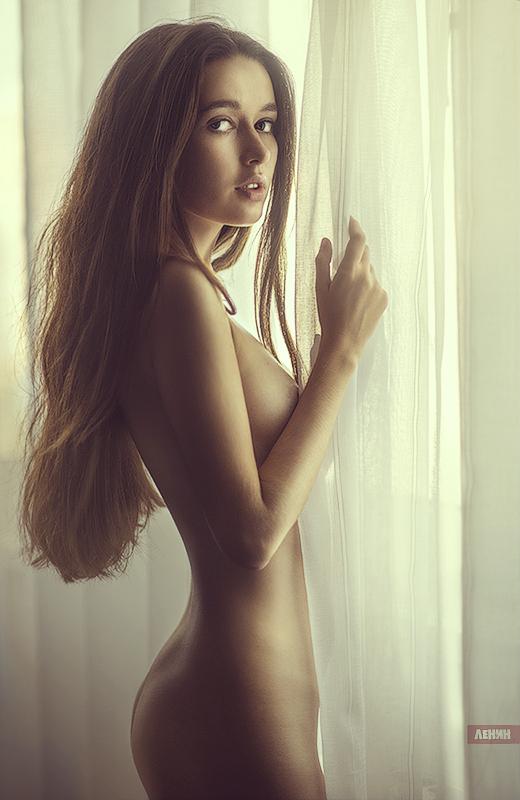 nezhnaya-erotika-fotogalereya-poluchila-ochen-mnogo-spermi-na-litso