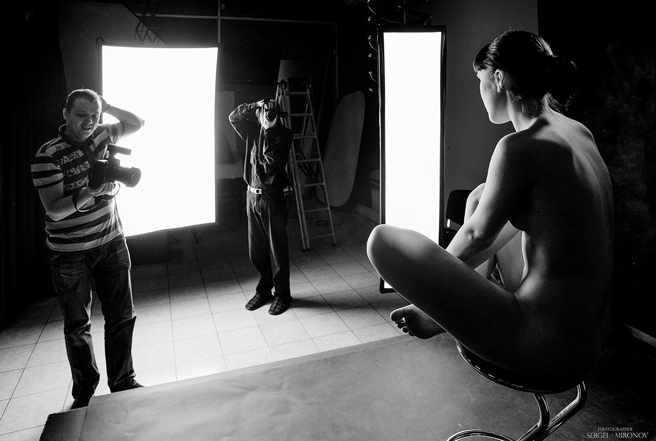 fotostudii-eroticheskaya-semka