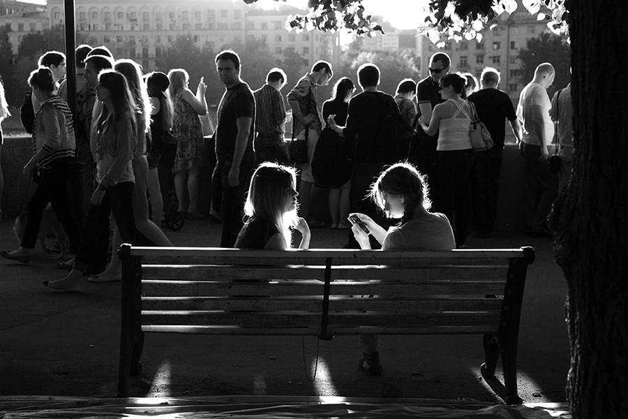 """фото  """"пособие по контровому освещению """". фото  """"пособие по контровому освещению """" метки: жанр, стрит-фото, черно-белые."""