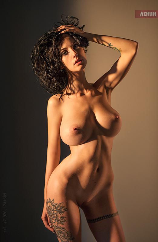 Фото голых моделей ню