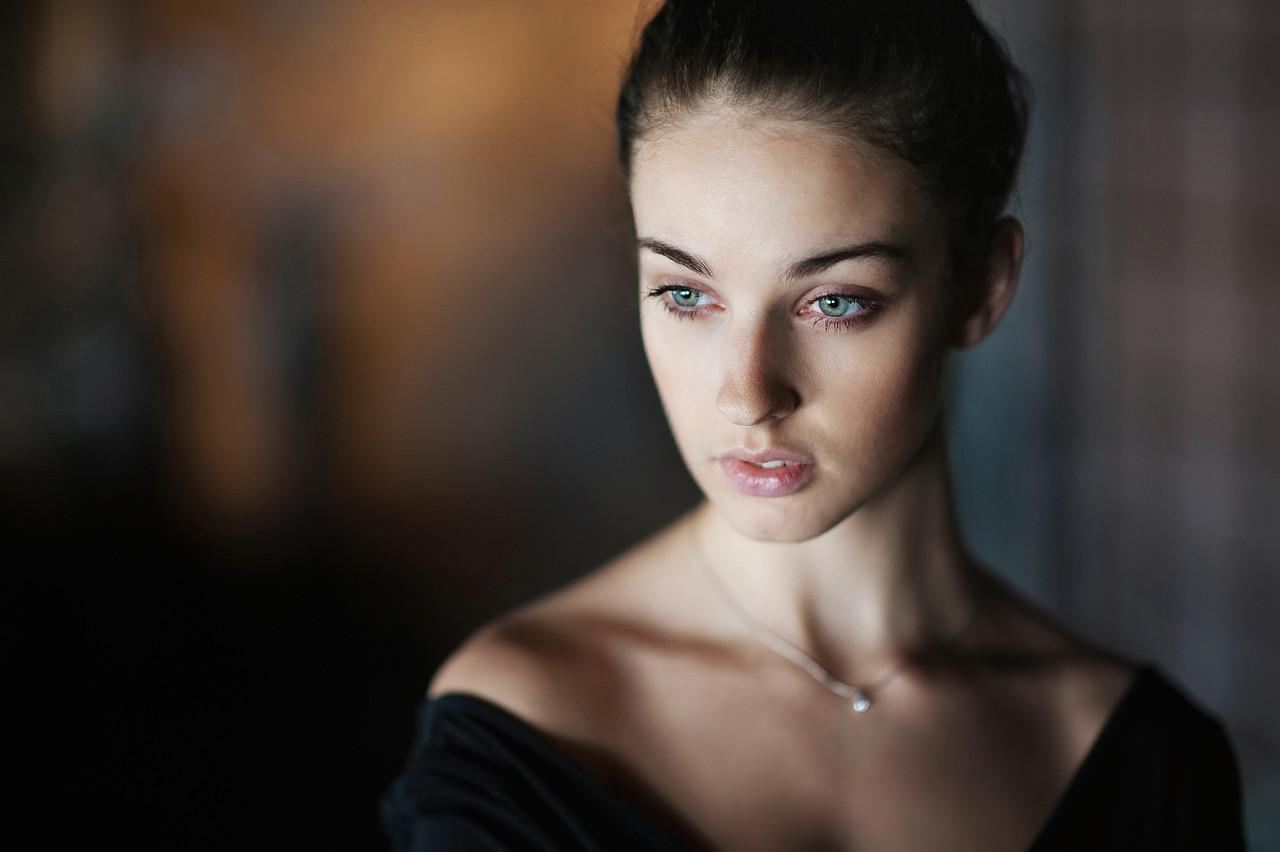 Голая Анна Ардова актриса волосатая киска большие
