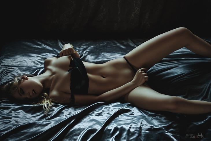 pro-erotiku-roman-v-kartinkah-foto-chastnoe-soset-bolshoy-chlen